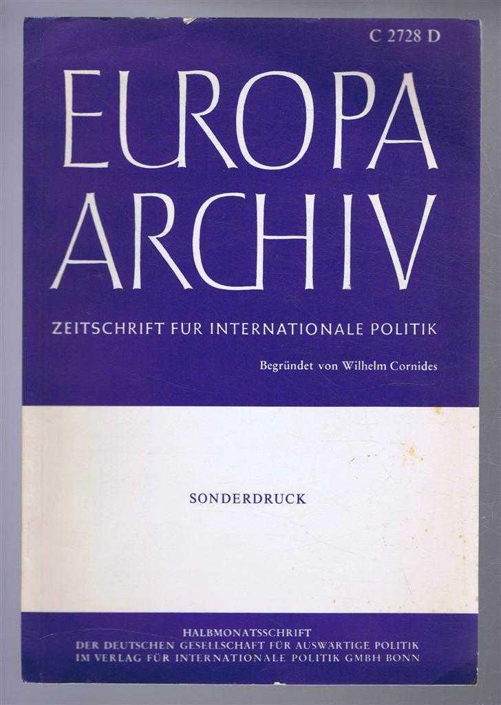 Europa Archiv - Zeitschrift fur Internationale Politik (Europe Archive - Magazine for International Politics) C2728D, Benjamin C Roberts
