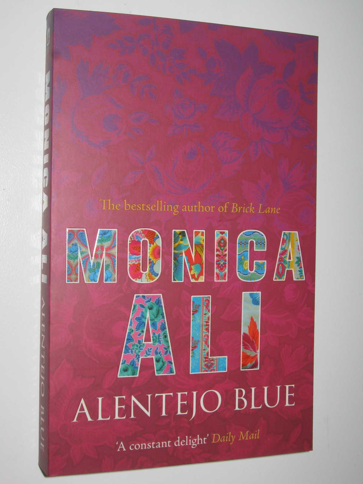 Alentejo Blue, Ali, Monica