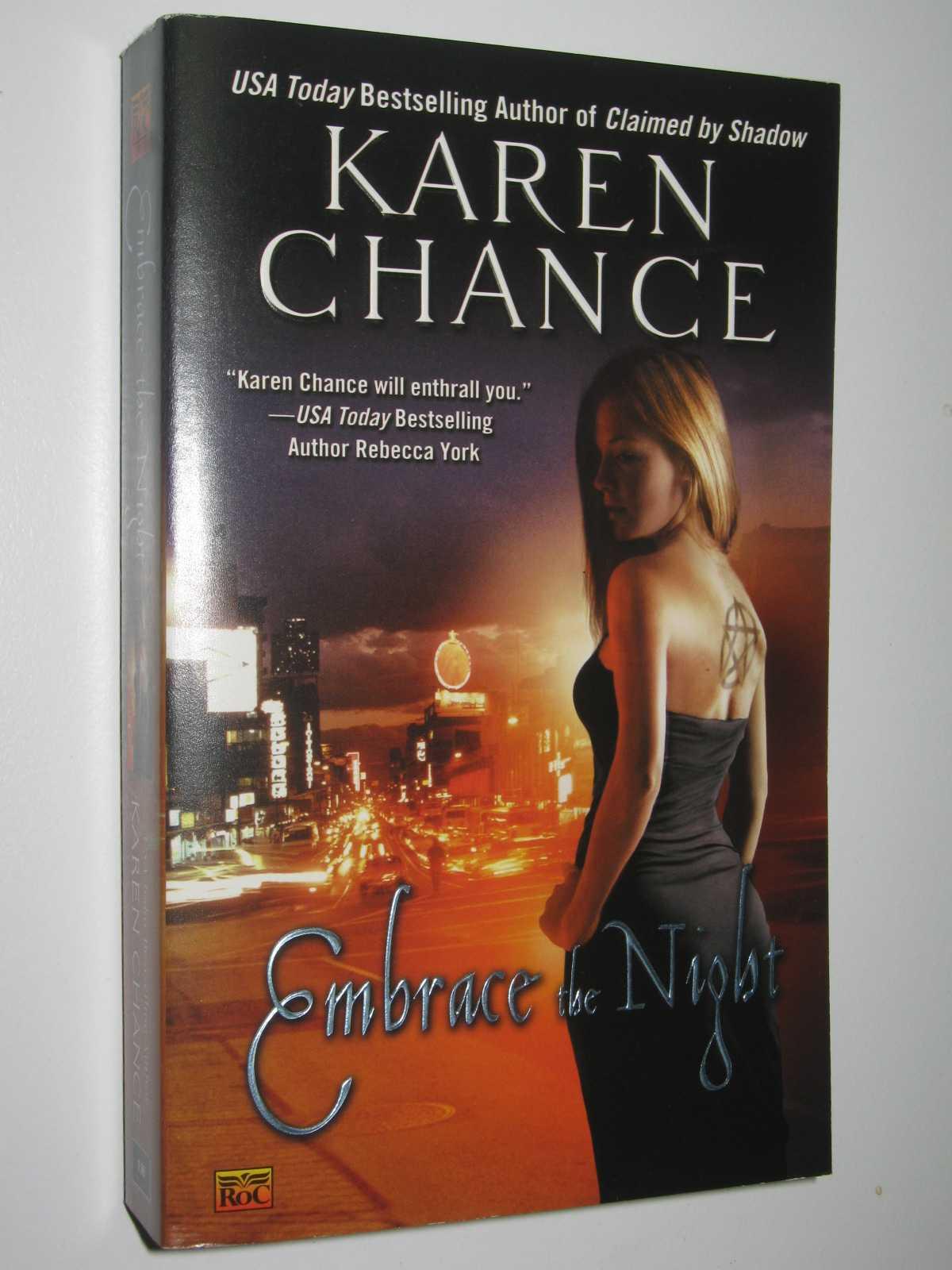 Embrace the Night - Cassandra Palmer Series #3, Chance, Karen