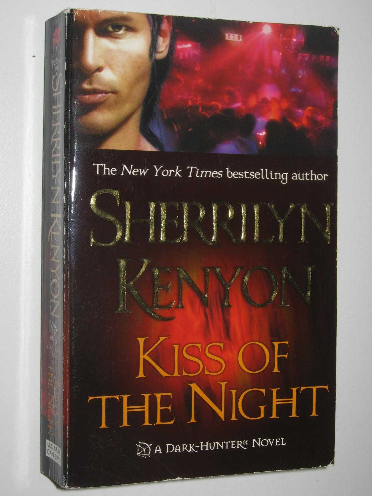 Image for Kiss Of The Night - Dark Hunter Series #5