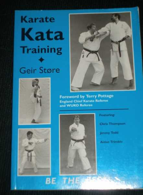 Karate Kata Training, Store, Geir