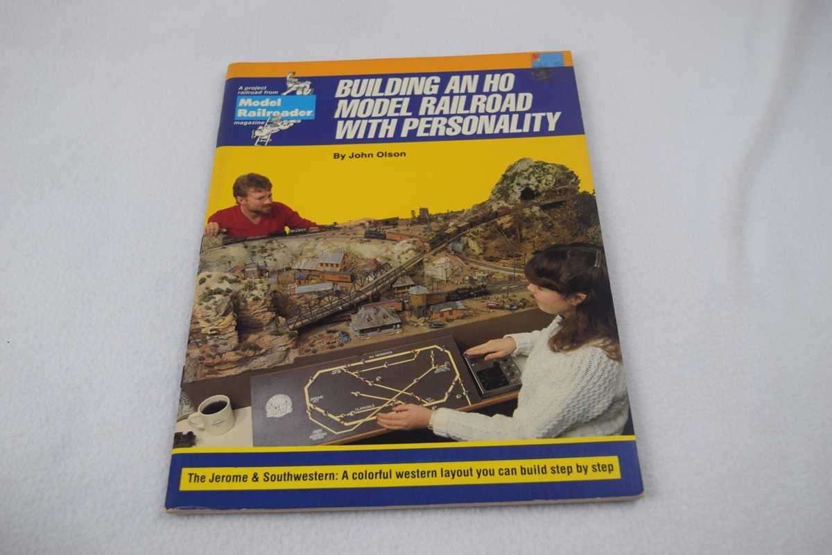 Image for Building an Ho Model Railroad With Personality