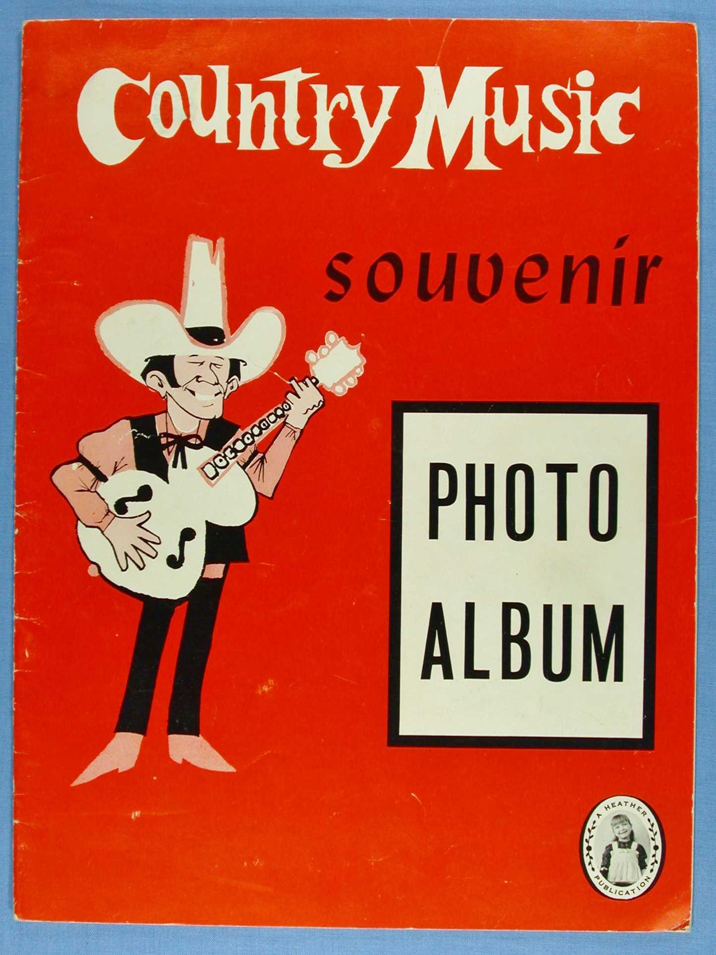 Country Music Souvenir Photo Album, Staff