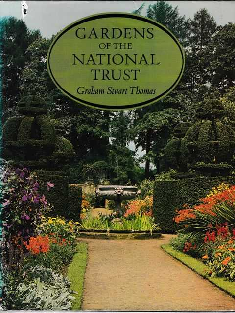 Gardens of the National Trust, Graham Stuart Thomas