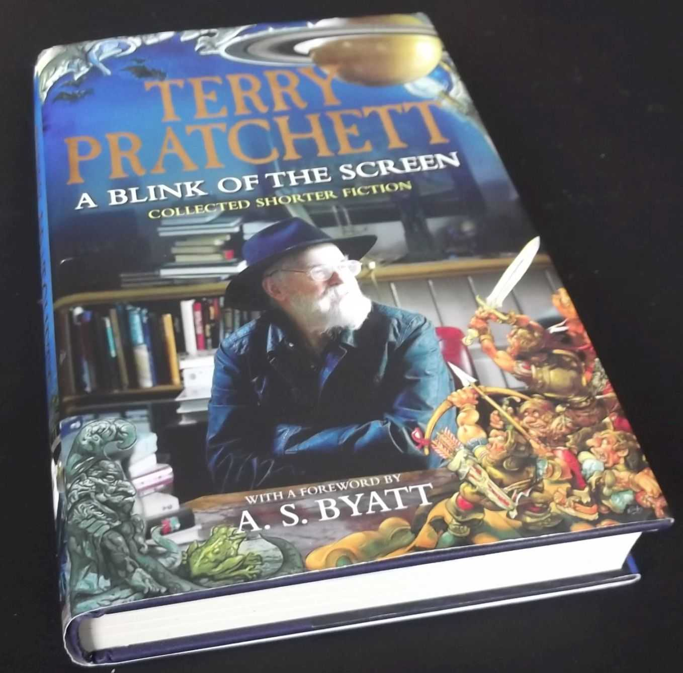 TERRY PRATCHETT - A Blink of the Screen: Collected Short Fiction